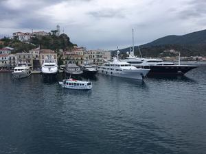 "Poros - bateaux de ""SDF"""