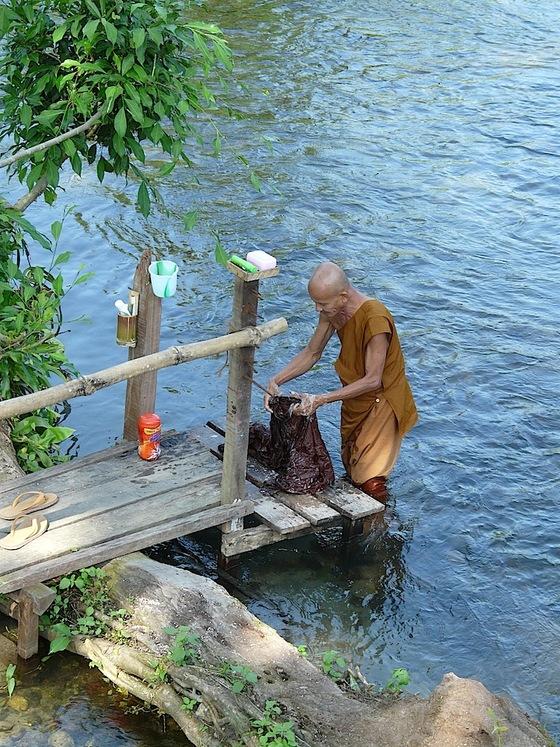 un monastère  bouddhiste thaï