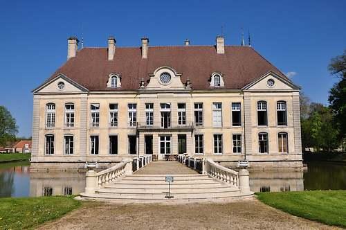 Château de Commarin ( Côte d'Or )
