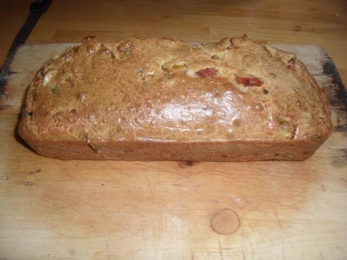 """cake """"qu'est-ce que j'ai dans mon frigo"""" poivrons/tomates séchées"""