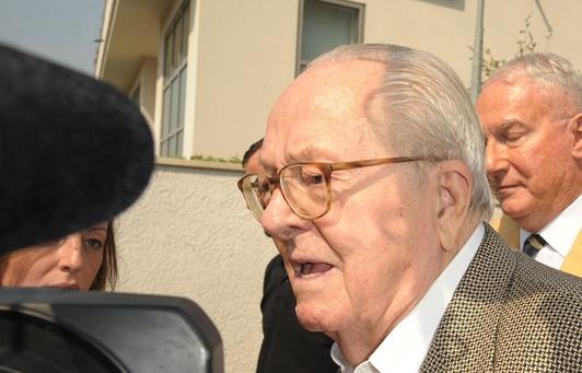 Le cofondateur du FN Jean-Marie Le Pen, le 3 juillet 2015 à Nanterre.