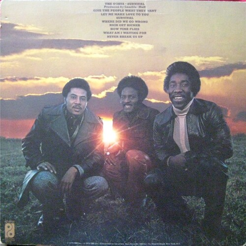 "1975 : The O'Jays : Album "" Survival "" Philadelphia International Records KZ 33150 [ US ]"