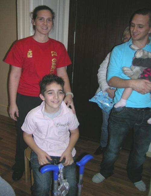 L'équipe Essentis en compagnie de Alicia et Axel