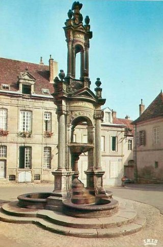 Fontaine Saint-Lazare à Autun