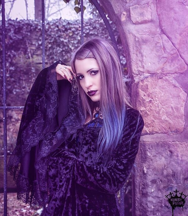 Bibian Solitude, modèle & photographe