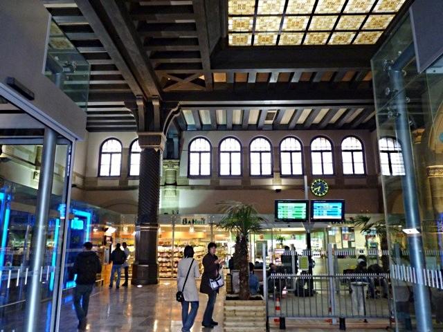 Gare de Metz Hall Départ - 29 05 10 - 21