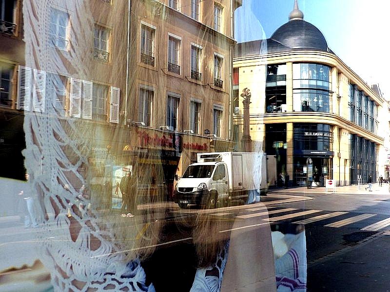 Metz / Lumix FZ200 face aux reflets / 25...