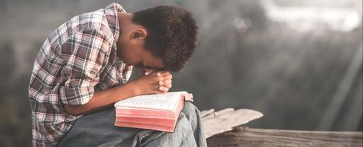 Priez avec foi
