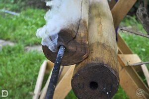 Pergolas, bois tordus et brûlé