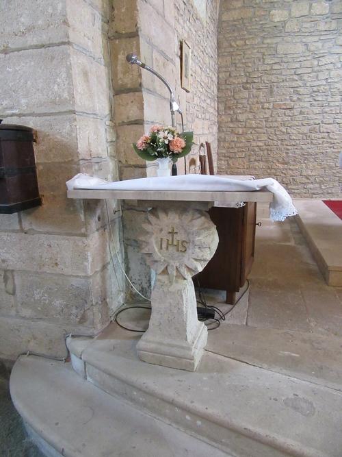 L'église de Montliot et la chapelle de Courcelles-Les-Rangs