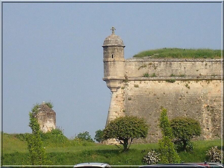 913 - Suite16 : -Notre Chemin vers St Jacques de Compostelle à travers ses anecdotes-