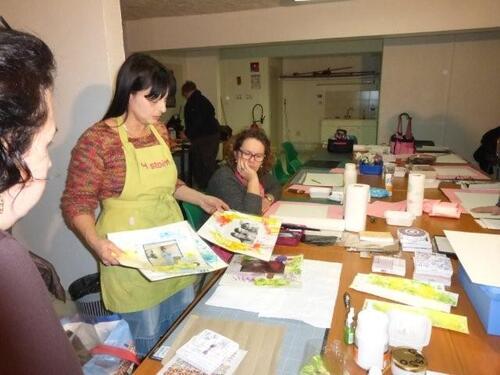 """atelier animé par la Directrice d""""Histoires de Pages....."""