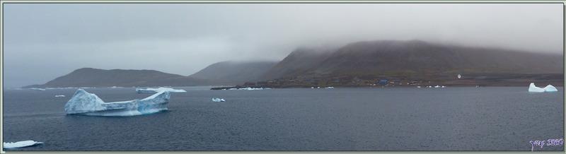Le 21 août, de bonne heure, nous arrivons en vue de Savissivik (76°01′10″ Nord, 65°06′50″ Ouest) - Qaasuitsup - Baie de Melville - Groenland