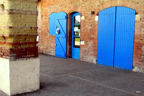 Des portes des fenêtres et des murs ... (1)