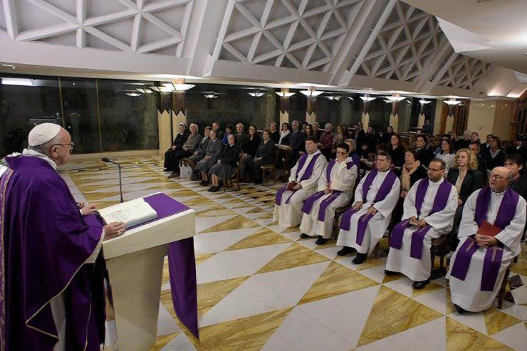 Messe à Sainte-Marthe, 6 déc. 2016 © L'Osservatore Romano