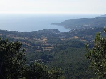 Zoom sur la baie de Cassis