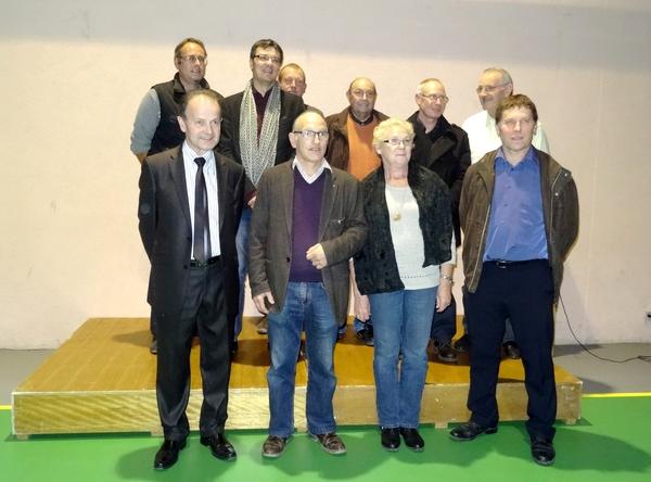 Un hommage a été rendu aux bénévoles de la Saint Vincent tournante de 2012....