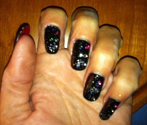 Nail art : Black Spots