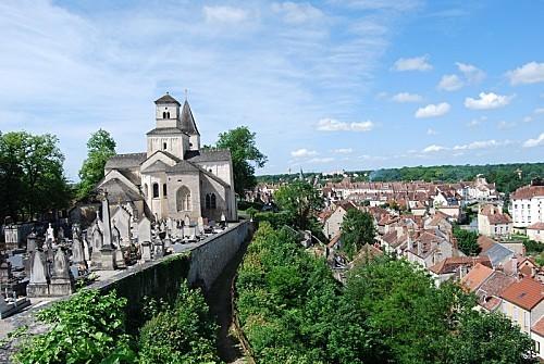 Chatillon-sur-Seine---Eglise-St-Vorles-1.jpg