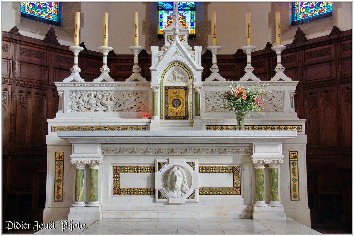 (85) Vendée - Chauché (1) - Eglise St Christophe