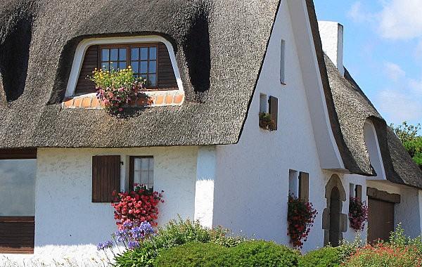 maison toit de chaume