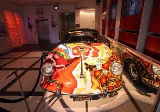 Porsche  psychédélique
