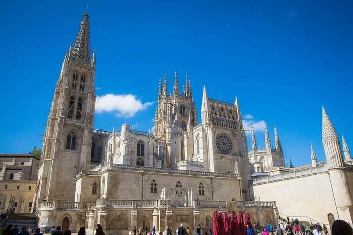 Voulez-Vous Savoir Quelles Sont Les Plus Grandes Églises Au Monde ?