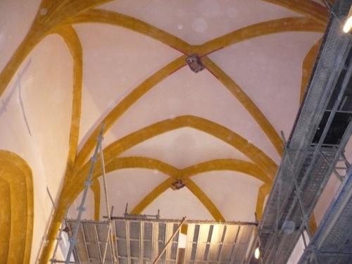 Démontage des échafaudages de la nef ( avec poussière )