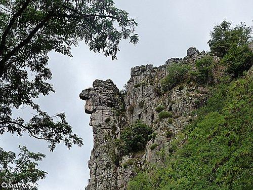 rochers-de-la-vallee-c.jpg