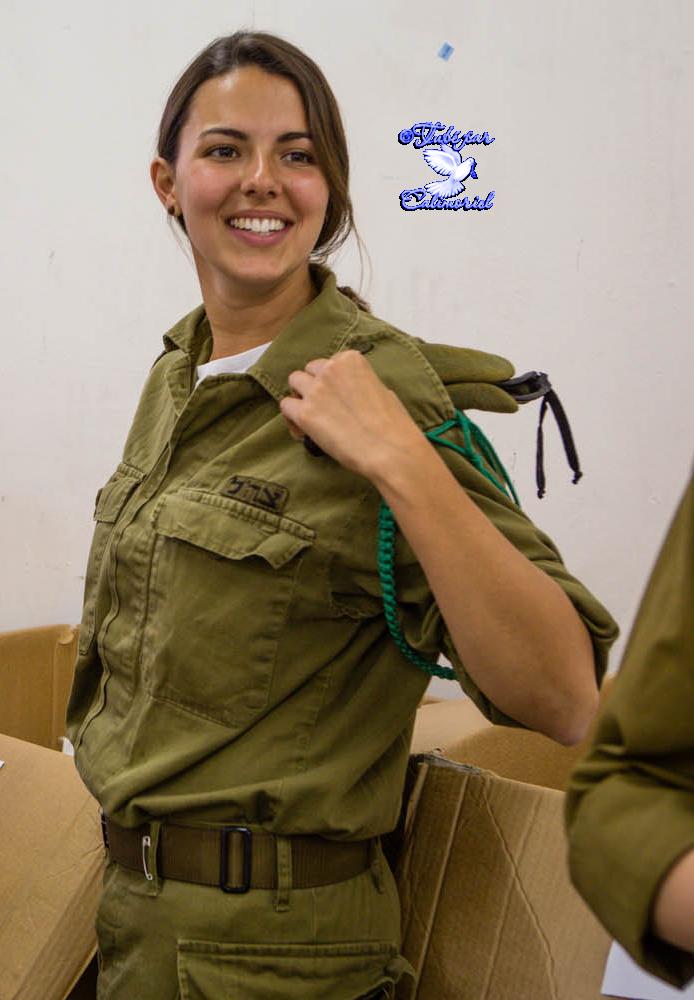 tubes-femmes-militaires2