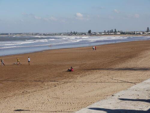 belle plage de sable fin