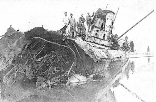 Un sous-marin allemand qui s'était échoué en 1917 resurgit des sables