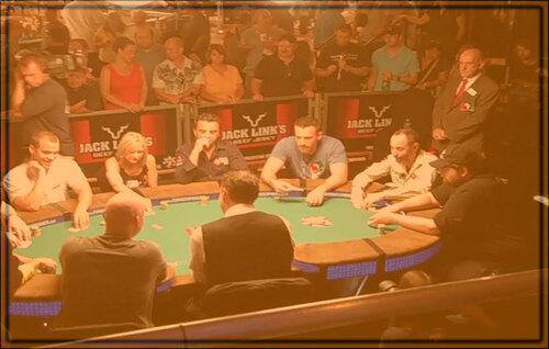 Cari serta Nikmati Variasi Ragam dari Game Judi Poker