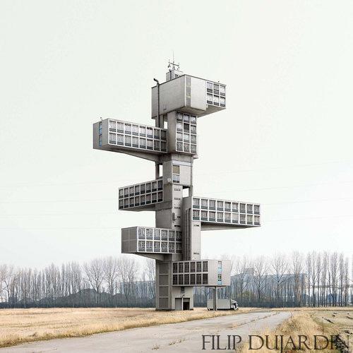 Rêve ou réalité : le travail de Filip Dujardin.
