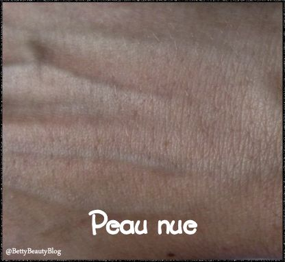 La base correctrice PB cosmetics mon must have (indice 4)