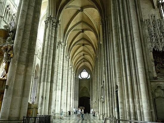 Cath.Amiens--10-.JPG