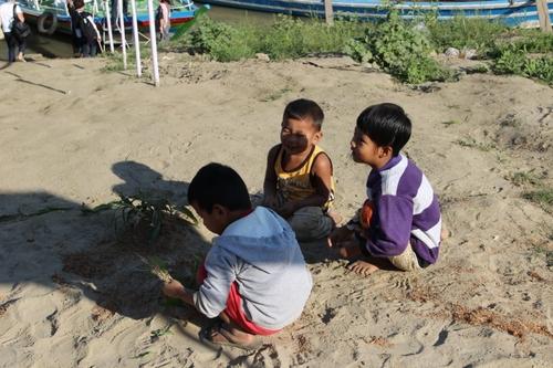 De Bagan à Monywa, en bateau