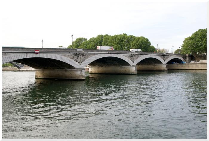 Flâner à Paris. Quai de la Rapée.
