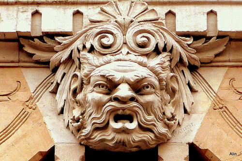 Toulouse : haut de porte