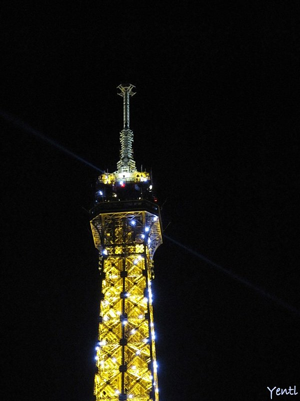 Paris By Night Tour Eiffel 2