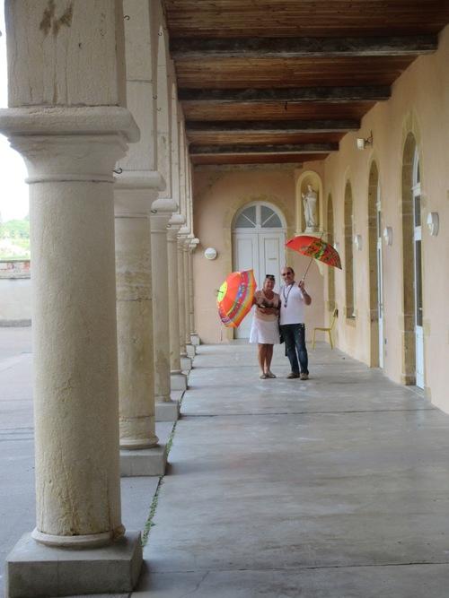 Parapluies et arcades