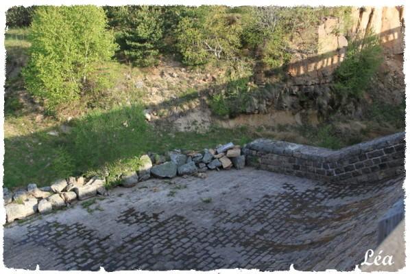 Lieux--villes-.-1609-barrage-trop-plein.jpg