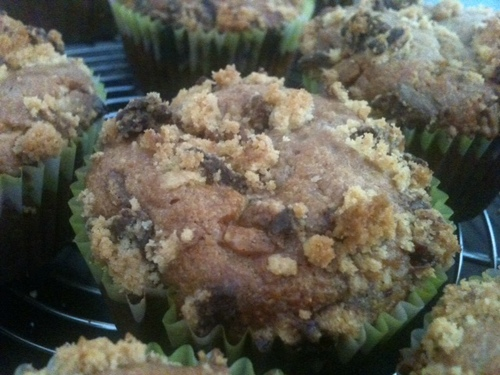 MUFFINS FRAMBOISE-CHOCOLAT BLANC & CRUMBLE DE SPRITS