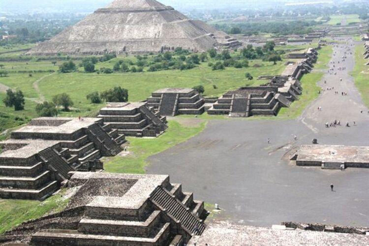 Des archéologues ont retrouvé un crâne mystérieux aux alentours de la ville de Teotihuacan