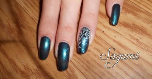 Nail Art Fleur cristallisées