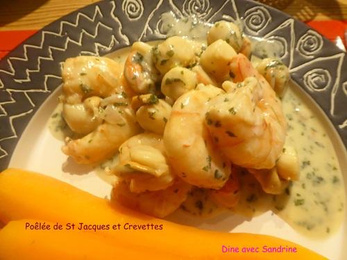 Une Poêlée de Saint Jacques et Crevettes à la Crème persillée