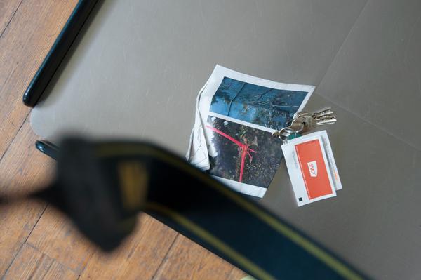 WOLFGANG TILLMANS EXPOSE À NÎMES Pocket invitation