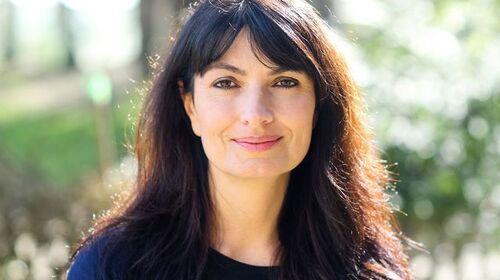 Cassis: La photojournaliste Valérie Perrin signe ce soir son premier roman