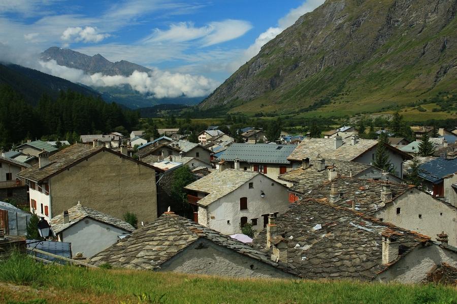 sur les hauteurs de Bessans (Savoie) clique pour agrandir