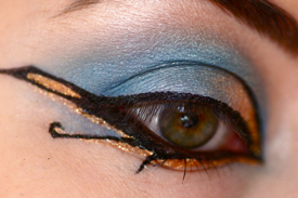 make up eyes cleopatra